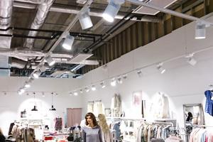 Skensystem och spotlights för små och stora lokaler