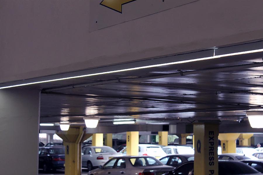Belysning i P-hus & parkeringsgarage LED