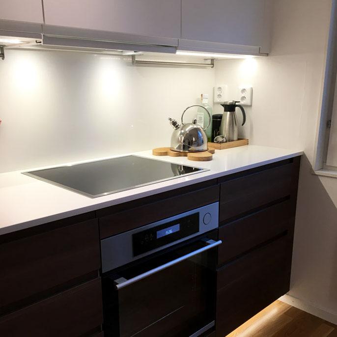 Bänkbelysning med LED lister i kök - Guide