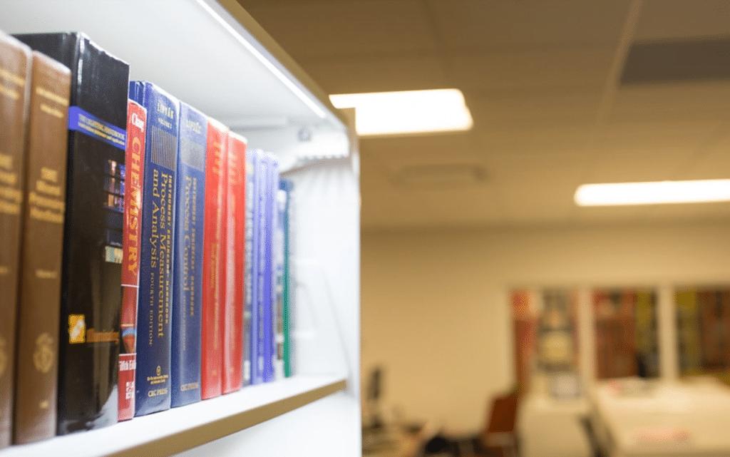 Belysning bibliotek - Ljus för bokhyllor