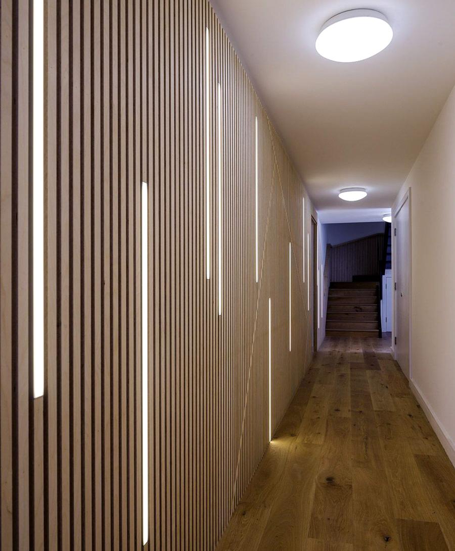 LED-lister inbyggt i vägg