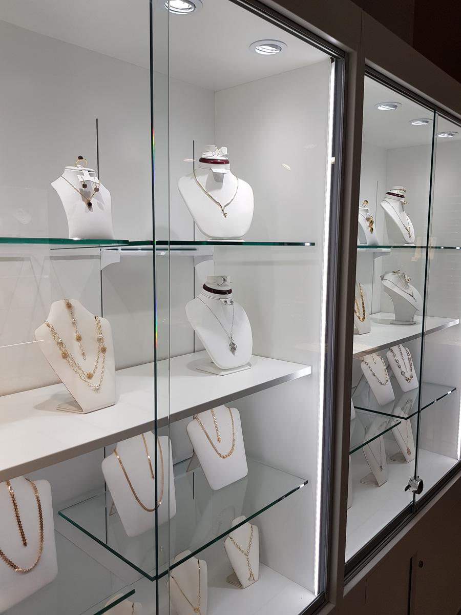 Belysnings smyckesbutik