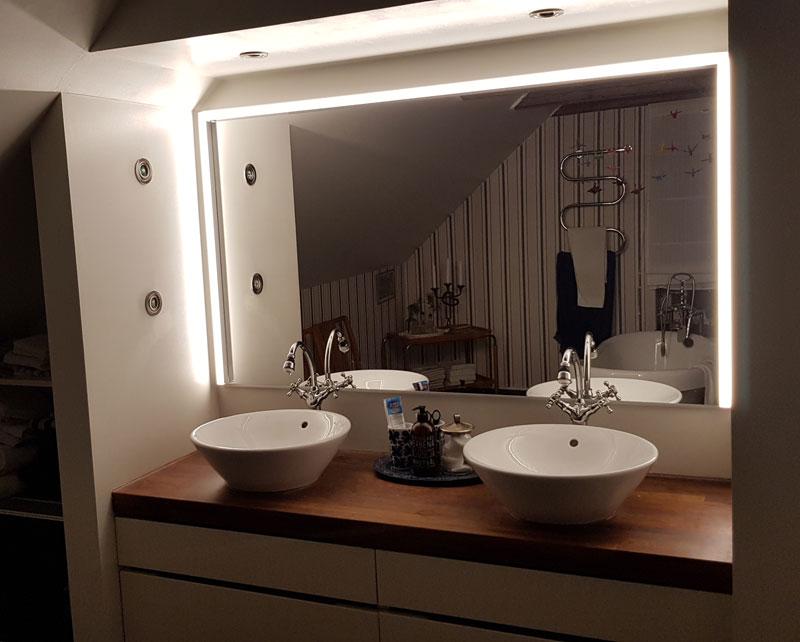 Spegelbelysning badrum
